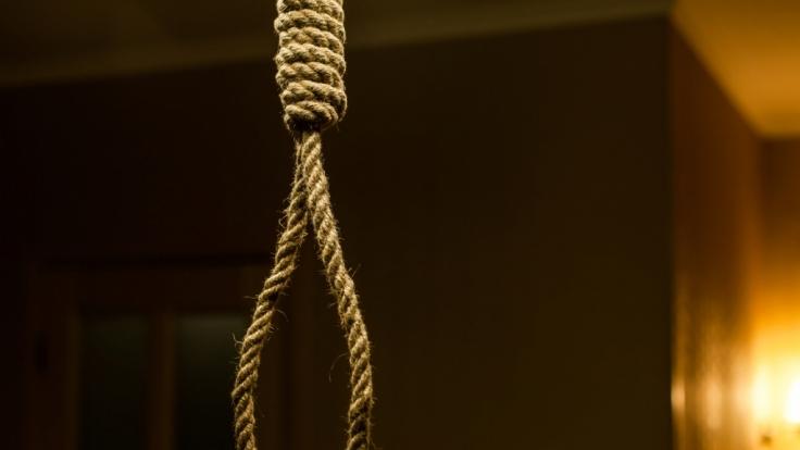 In Großbritannien hat sich ein Mädchen (13) nach einem Streit mit ihrer Mutter das Leben genommen.
