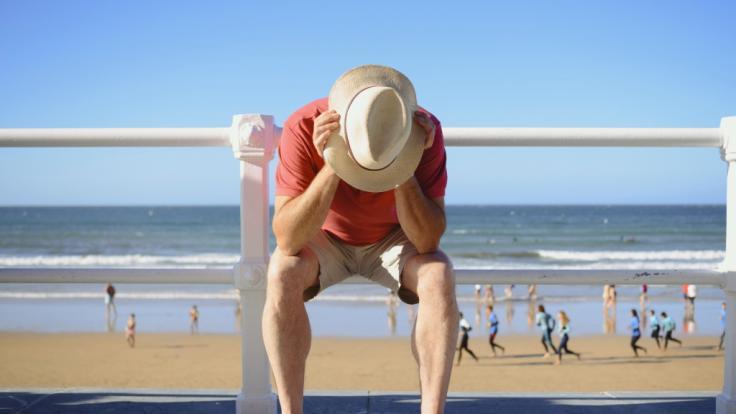 Immer mehr beliebte Urlaubsländer werden zu Corona-Risikogebieten - mit weitreichenden Folgen für deutsche Reisende. (Foto)