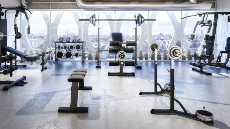 Müssen Sie Ihre Beiträge auch dann weiterzahlen, wenn Sie das Fitnessstudio aufgrund der Corona-Schließung nicht nutzen können? (Foto)