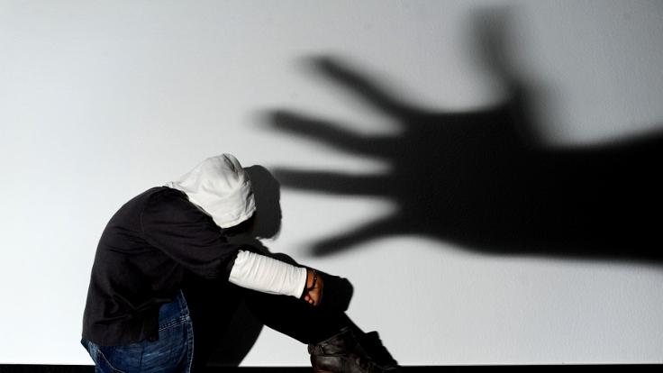 Eine Frau in Frankreich wurde wochenlang brutal vergewaltigt.