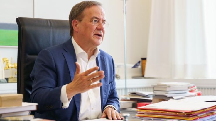 Armin Laschet will es sich im Wahlkampf offenbar nicht mit den Ungeimpften verderben. (Foto)