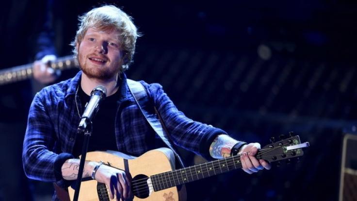 Der britische Singer-Songwriter Ed Sheeran kommt im März 2017 für fünf Konzerte nach Deutschland.