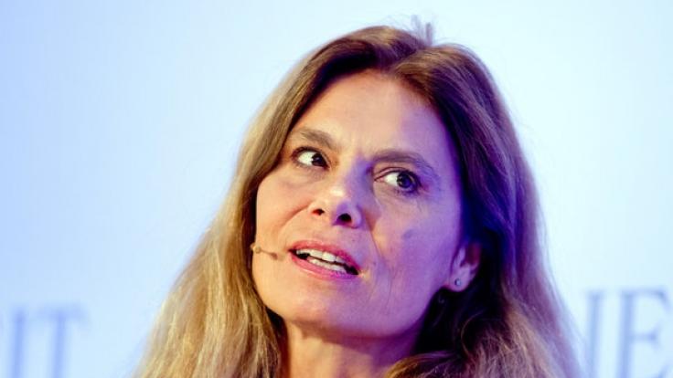 Sarah Wiener ist nicht nur als TV-Köchin, sondern auch als Restaurantbesitzerin, Autorin und Ernährungsbotschafterin erfolgreich.