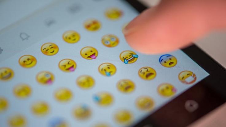 Mit Emojis kann man jetzt auch Pornos bestellen. (Foto)
