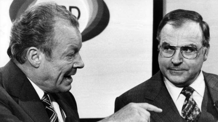 Helmut Kohl (rechts) und Willy Brandt nach der Bundestagswahl am 3. Oktober 1976.