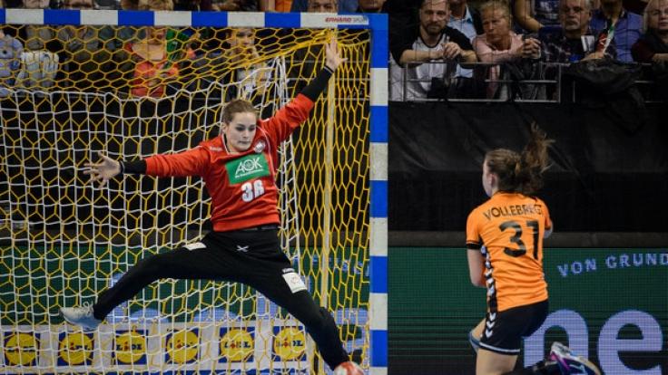 Die Handball-WM der Frauen findet in diesem Jahr vom 1. bis zum 17. Dezember 2017 in Deutschland statt.