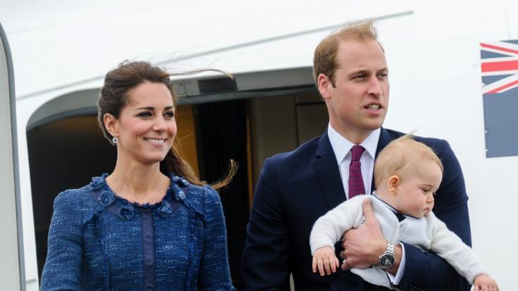 Kate Middleton, Prinz William und Baby George fliegen 2014 nach Australien. (Foto)