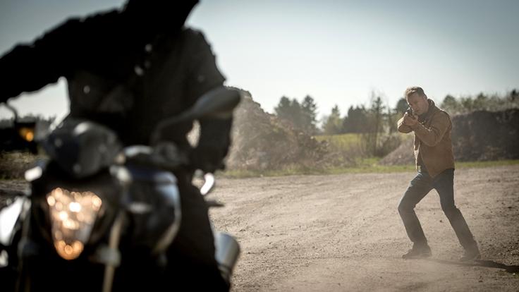 Hauke Jacobs (Hinnerk Schönemann) ist auf der Jagd nach den Diamantenräubern. (Foto)