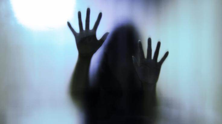 In Indien wurde eine 19-Jährige von ihrem eigenen Vater vergewaltigt und anschließend ermordet. (Symbolbild)