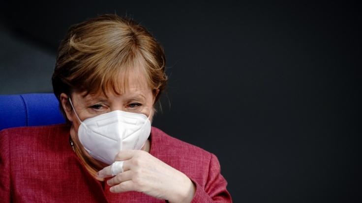 Bundeskanzlerin Angela Merkel (CDU) stößt mit ihren Bundes-Lockdown-Plänen auf Gegenwind. (Foto)