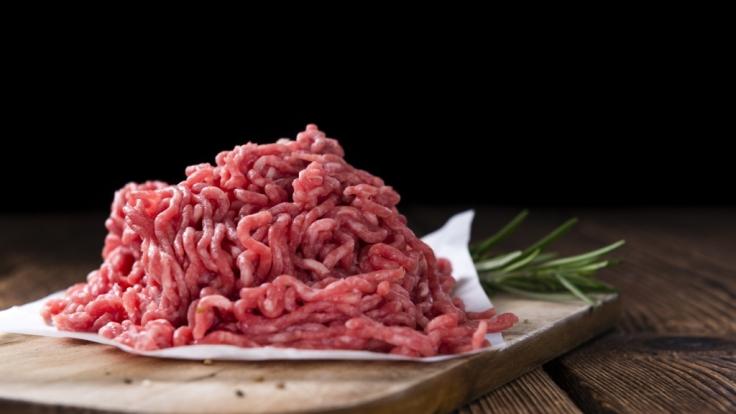 Rohes Fleisch zu essen ist die beste Möglichkeit, um sich mit E.Coli-Bakterien und Salmonellen zu infizieren. (Foto)