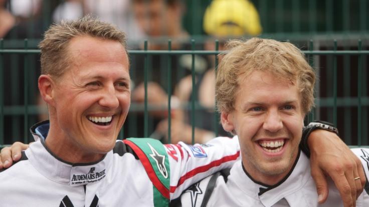 Der Vergleich zwischen Michael Schumacher und Sebastian Vettel wird immer wieder gern bedient - erst recht, seitdem Vettel für Ferrari fährt. (Foto)