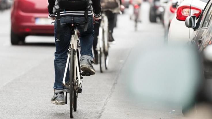 Radfahren ist für viele weit mehr als nur ein Freizeitspaß. Doch wer im Straßenverkehr radelt, muss sich wie jeder andere auch an Regeln halten. (Foto)