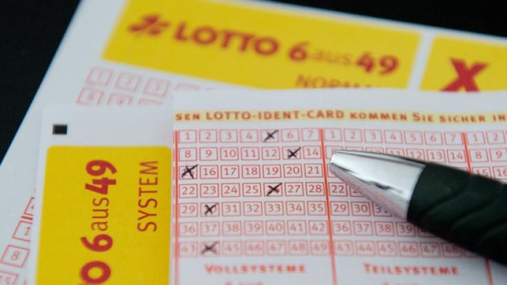 Alle Infos zu Lotto am Mittwoch, den 04.10.2017, die aktuellen Lottozahlen und Quoten gibt es hier.