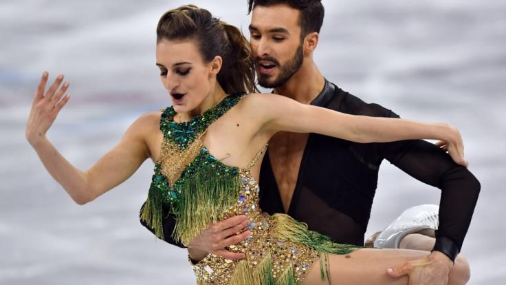 Bei ihrer Kür ließ die französische Eiskunstläuferin Gabriella Papadakis tief blicken. (Foto)