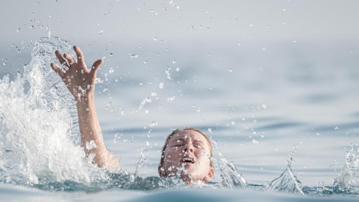 Eine Mutter ist in Queensland im Meer ertrunken. (Foto)