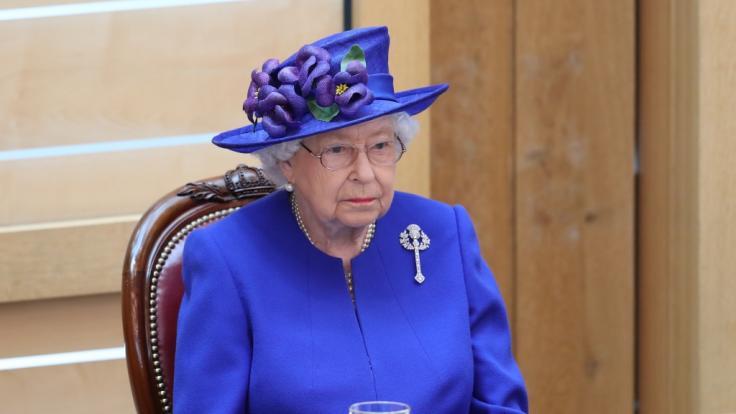 Die Queen hat sich endlich zum Interview von Meghan und Harry geäußert. (Foto)