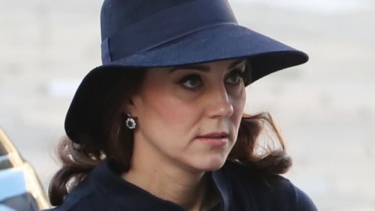 Kate Middleton ist mit ihrem dritten Kind schwanger - doch wo bleibt das berühmte Leuchten werdender Mütter? (Foto)