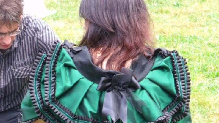 Besonders während des Victorianischen Picknicks schnüren sich viele Frauen in enge Korsetts.