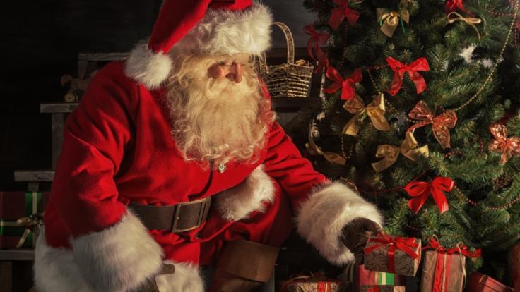 Ein Weihnachtsmann soll Corona ins Pflegeheim gebracht haben. (Foto)