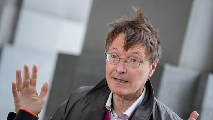 Karl Lauterbach von Amazon für Comedy-Show engagiert. (Foto)