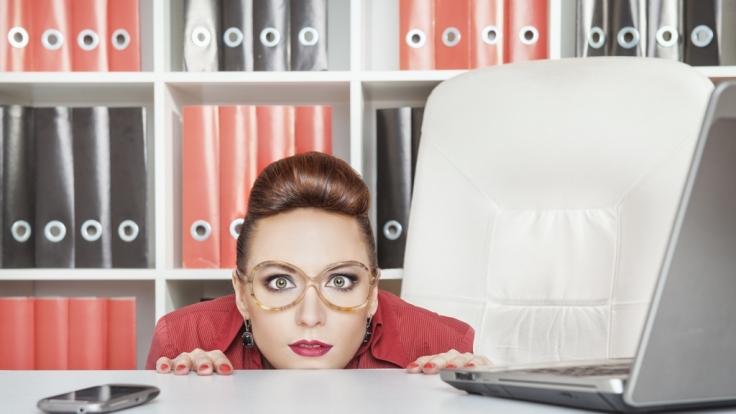 Schlechte Nachricht für alle, die im Büro arbeiten: Ihr Arbeitsplatz lässt Sie höchstwahrscheinlich schneller altern, als Ihnen lieb ist! (Foto)