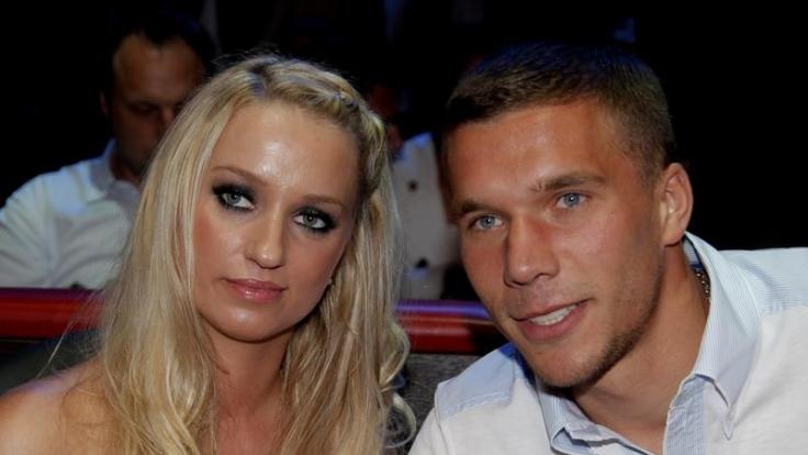 Lukas Podolski heiratet Lebensgefährtin Monika (Foto)