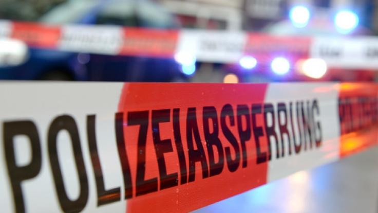Nach Schüssen vor einem Supermarkt in Bremen schwebt ein Mann in Lebensgefahr (Symbolbild). (Foto)