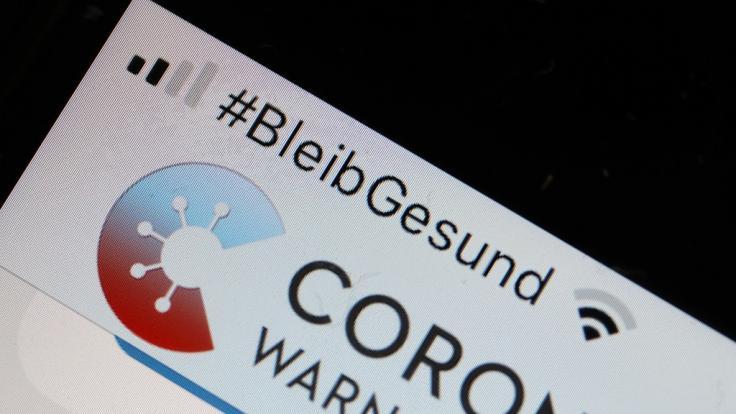 Wochenlang soll die Corona-Warn-App auf Millionen Smartphones nicht richtig funktioniert haben.