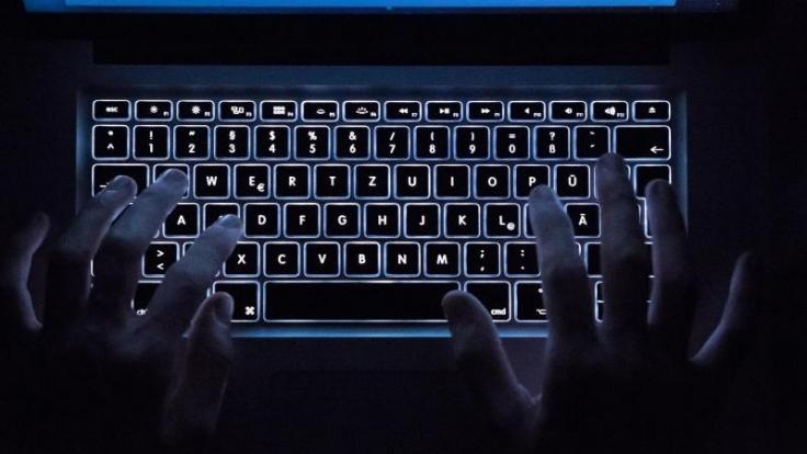 Wer im Netz illegale Streaming-Dienste in Anspruch nimmt, bewegt sich in einer rechtlichen Grauzone. (Foto)