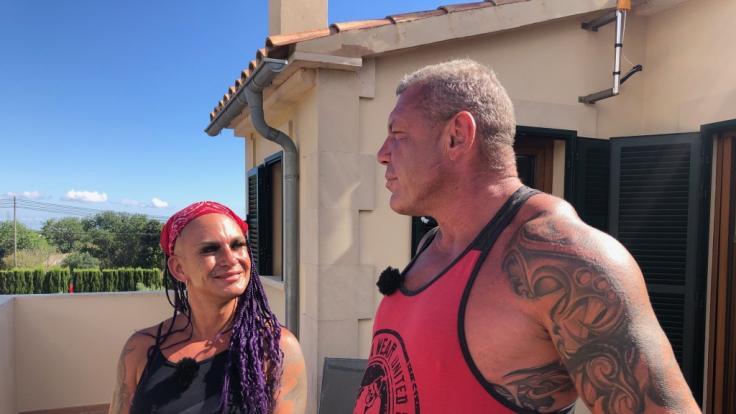 Caro und Andreas Robens plaudern über ihr Liebesleben im TV. (Foto)