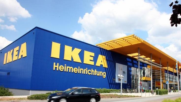 Skandale und Skandälchen: Die Ikea-Firmengeschichte hat Schattenseiten. (Foto)