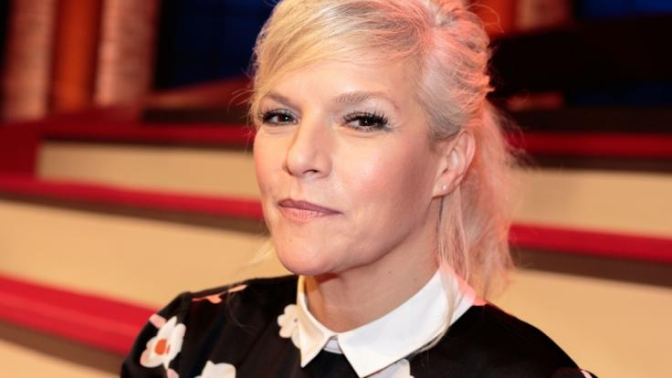 """Ina Müller talkt auch 2018 wieder mit ihren Gästen bei """"Inas Nacht"""" im NDR. (Foto)"""