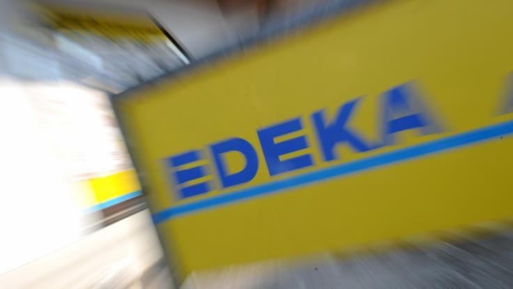 Der Discounter Edeka muss sich Abzock-Vorwürfe gefallen lassen.
