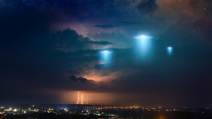 Wurde gleich eine ganze UFO-Flotte gesichtet? (Foto)