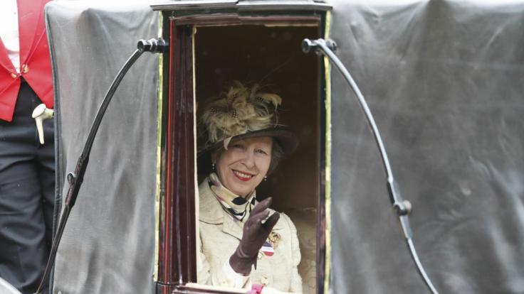 Prinzessin Anne auf dem Weg zum Pferderennen in Ascot. (Foto)