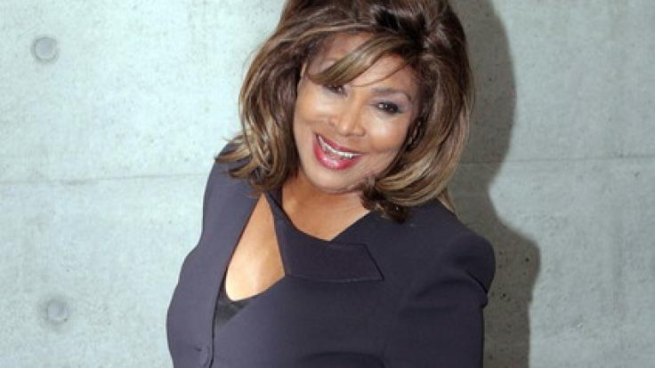 Tina Turner ist mit einer sagenhaften Stimme gesegnet und kann auf eine Jahrzehnte dauernde Karriere zurückblicken - heute wird die Ausnahmekünstlerin 77 Jahre alt.