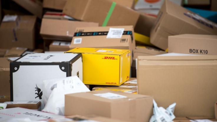 Ab dem 1. Mai 2020 gelten in Deutschland neue Gesetze - unter anderem ändert sich das Paket-Porto der Deutschen Post. (Foto)