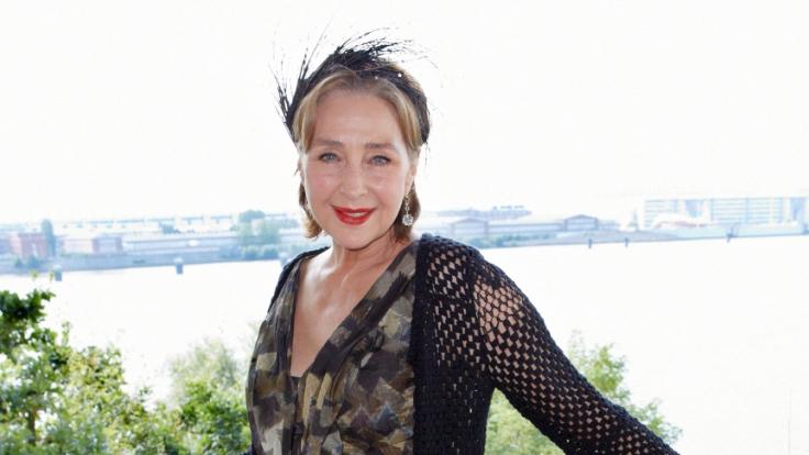 Mit ihren 69 Lenzen ist Christine Kaufmann noch immer eine attraktive Frau.