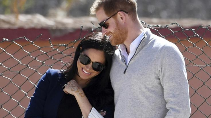 Steht Meghan Markle und Prinz Harry ein Umzug ins Ausland bevor?