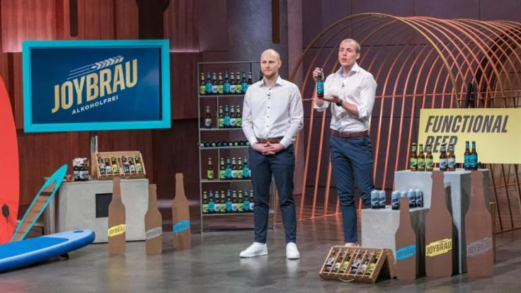 Wie gut ist das Proteinbier JoyBräu von Erik Dimter (links) und Tristan Brümmer? (Foto)
