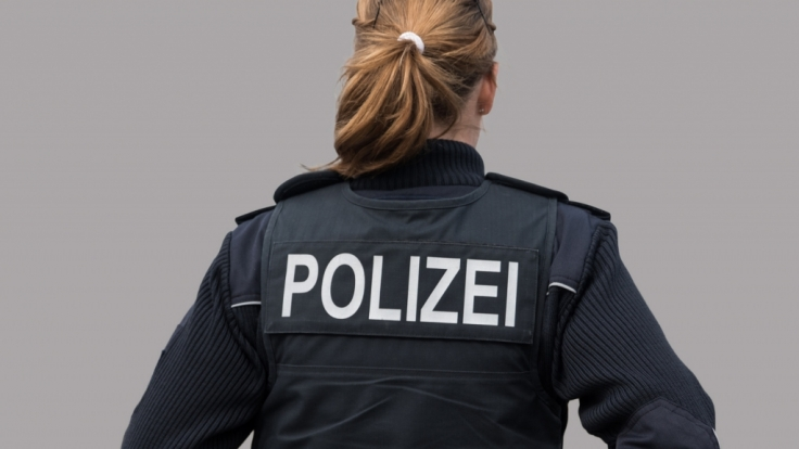 Die Polizei Sachsen bittet um Mithilfe bei der Suche nach der 14-jährigen Lara R., die am 1. Februar in Marienberg verschwand (Symbolfoto).