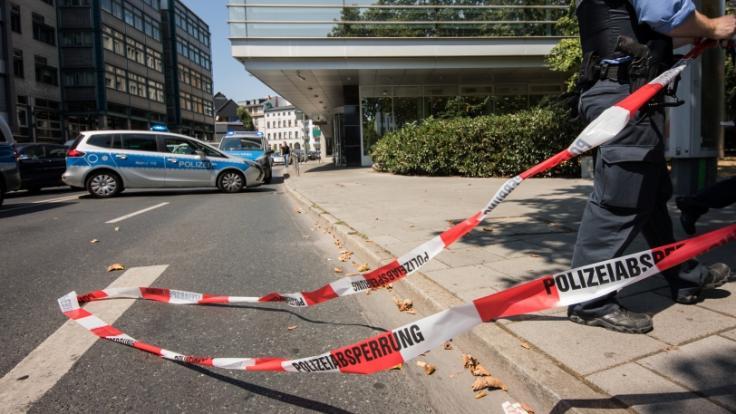 Polizisten fanden das Ex-Playboy-Model tot in ihrer Wohnung. (Symbolbild) (Foto)