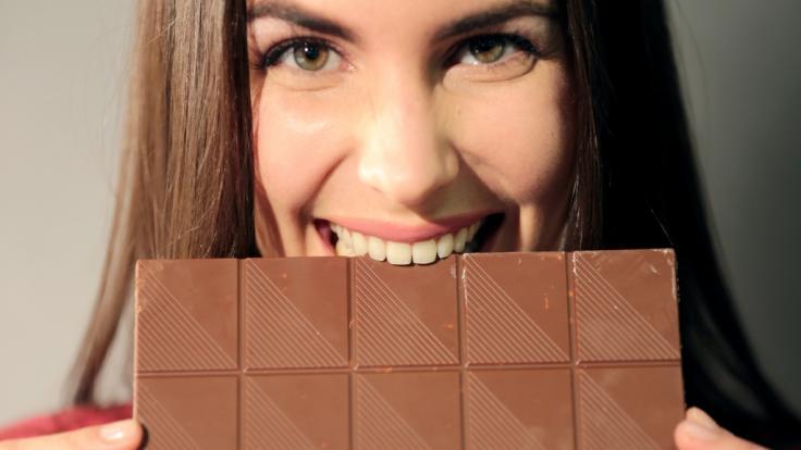 Schokolade ist nicht nur lecker, sondern auch mit zahlreichen Mythen behaftet. Was ist wahr?
