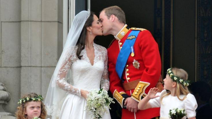 Kate Middleton und Prinz William bei ihrer Hochzeit am 29.04.2011. (Foto)