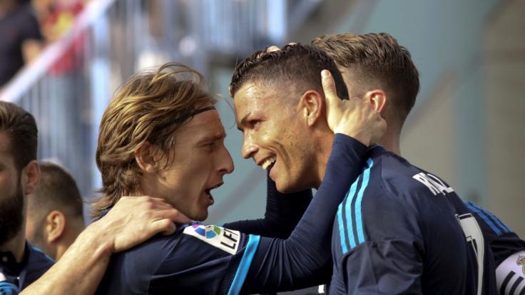 Luka Modric und Cristiano Ronaldo sind Top-Favoriten für den Titel des Weltfußballers.