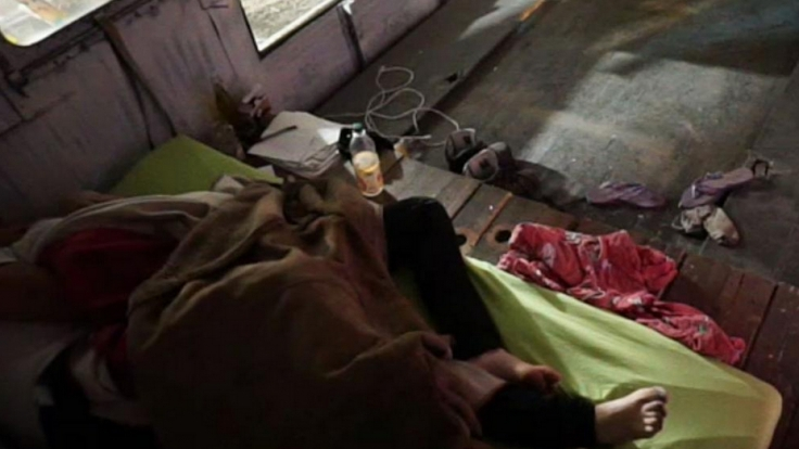 Unter der Decke ging es bei Candy und Viktoria richtig los. (Foto)