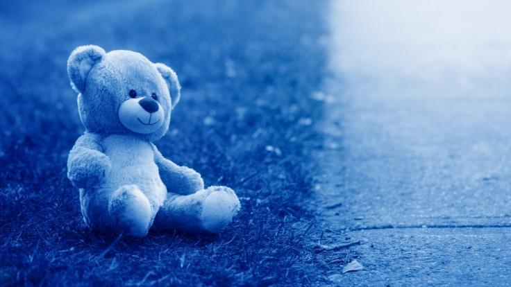 Eine Frau hat ihre Enkelin tot in einer Berliner Wohnung gefunden.