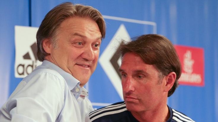 Dietmar Beiersdorfer und Bruno Labbadia stellen sich den Fragen der Reporter vor dem Bundesliga-Auftakt am Freitag in München. (Foto)
