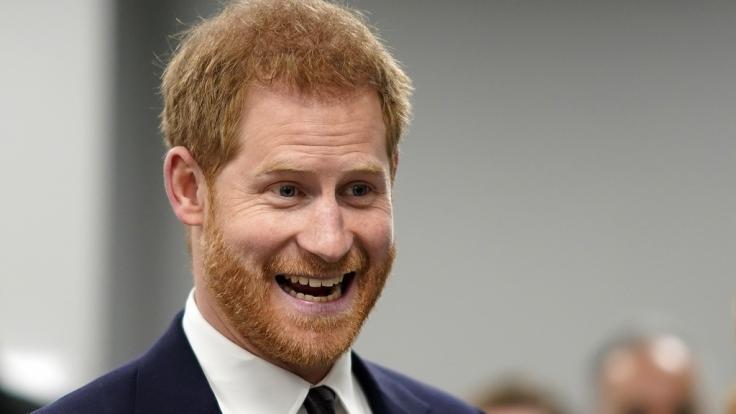 Prinz Harry hat Grund zur Freude - sind die bösen Gerüchte, Prinz Charles sei nicht sein leiblicher Vater, jetzt endlich vom Tisch?